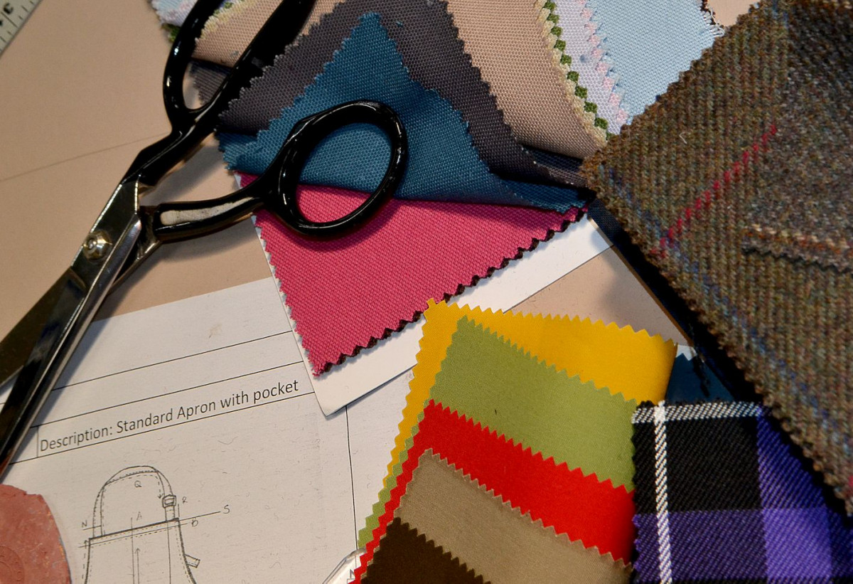 fabric for aprons, wax, twill, canvas, drill, leather